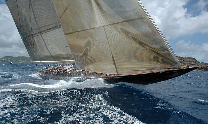 10_Top_gorgeous_sailing_yachts-Velsheda