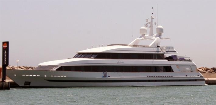 271 Top 10 Celebrities' Yachts Top 10 Celebrities' Yachts 271