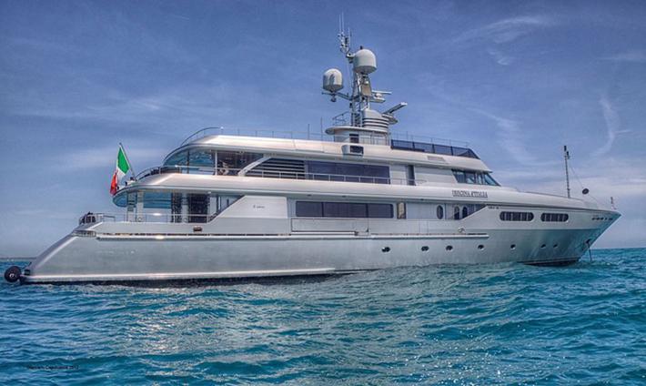 823 Top 10 Celebrities' Yachts Top 10 Celebrities' Yachts 823