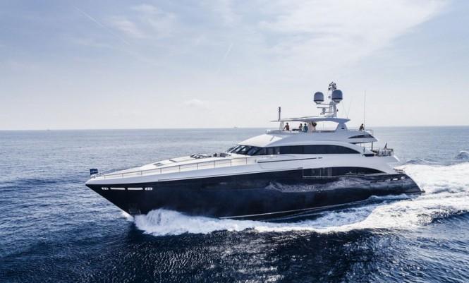 Princess-40M-motor-yacht-Solaris-665x401