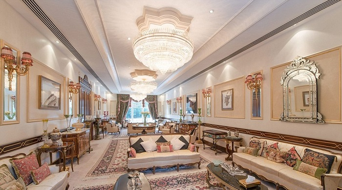 """""""The million-dollar question is how high can you go? We went high over hills to find the most expensive houses with the most expensive furniture."""" Top 10 houses with the most expensive furniture Top 10 houses with the most expensive furniture Top 10 houses with the most expensive furniture 04"""