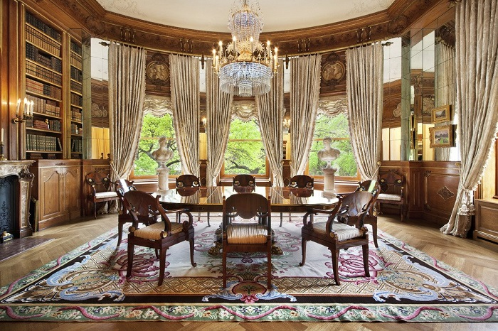 """""""The million-dollar question is how high can you go? We went high over hills to find the most expensive houses with the most expensive furniture."""" Top 10 houses with the most expensive furniture Top 10 houses with the most expensive furniture Top 10 houses with the most expensive furniture 11"""