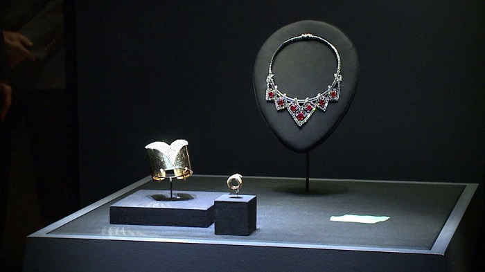 "cartier DAM hosts ""Brilliant"" Cartier jewelry exhibit  DAM hosts ""Brilliant"" Cartier jewelry exhibit  cartier"
