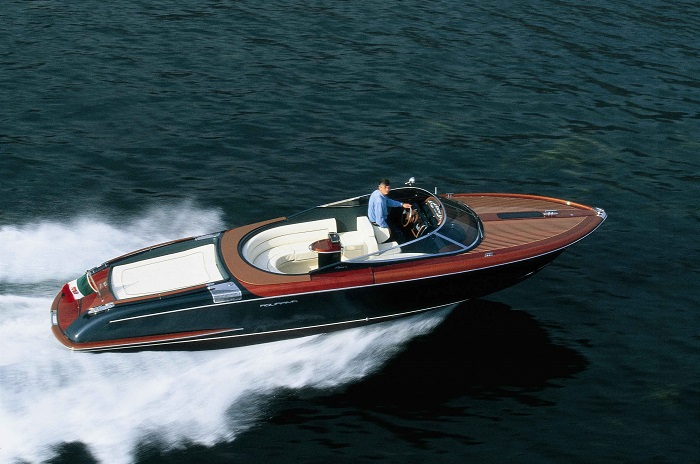 Riva luxury yachts luxury yachts Welcome to Riva's Luxury Yachts! aquaria1