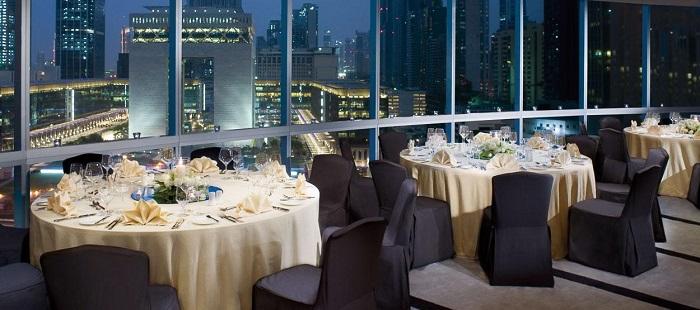 Impressive new year s eve celebrations in dubai for Table 9 dubai