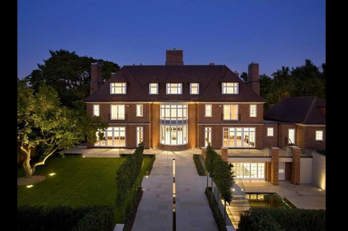 Hampstead celebrity houses hamptons