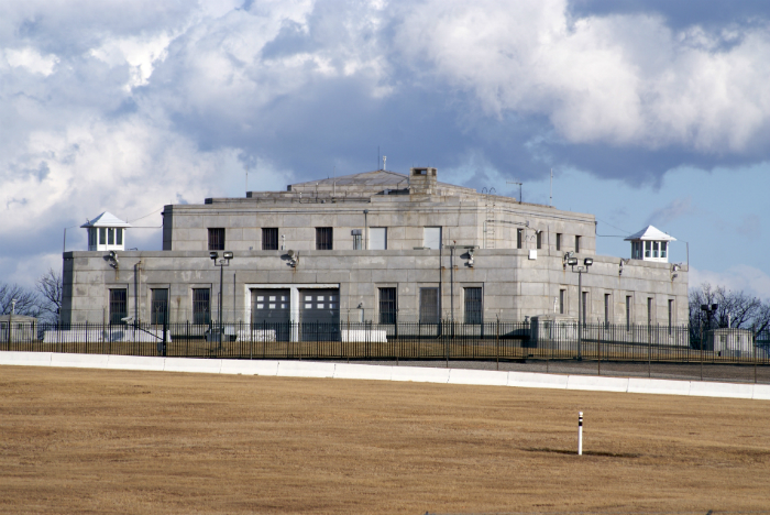 Top 10 World's Most unbreakable Spots - Fort Knox top 10 Top 10 of the World's Most unbreakable Secure Safes and Vaults FORT KNOX