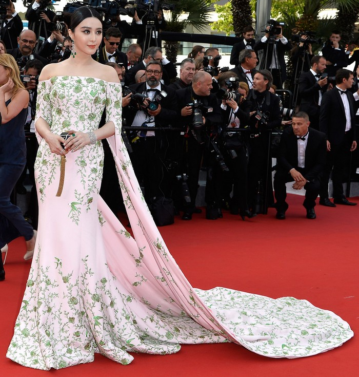 5553b0bcb80bcc99383a3fc8_cannes-film-festival-2015-fan-bingbing Bespoke Dresses at Cannes Film Festival 2015 Bespoke Dresses at Cannes Film Festival 2015 5553b0bcb80bcc99383a3fc8 cannes film festival 2015 fan bingbing