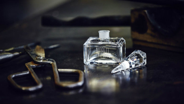 Norell New York bottle hand-crafted by Norell baccarat Norell and Baccarat together for an Exclusive Fragance Masterpiece Norell New York bottle hand crafted by Baccarat