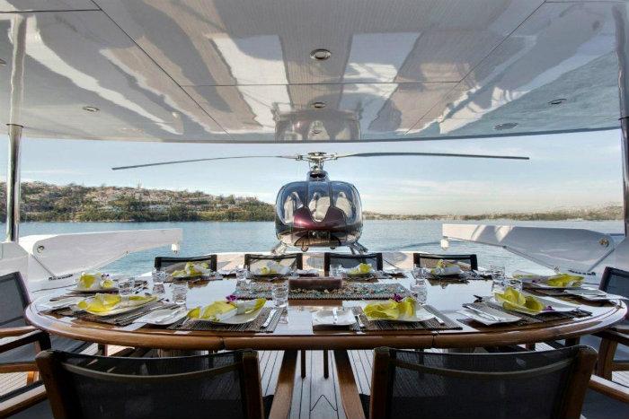 Luxury Boat Ophelia Heli Deck
