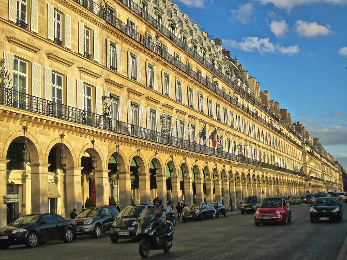 top 10 best luxury shopping spots in paris. Black Bedroom Furniture Sets. Home Design Ideas
