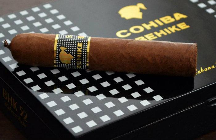 Cohiba Behike Most Expensive Cigars expensive cigars Top 10 World's Most Expensive Cigars Cohiba Behike Most Expensive Cigar