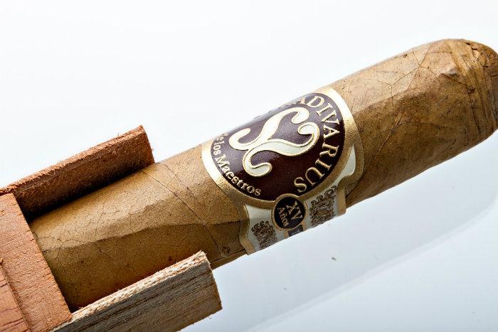 Stradivarius World's Most Expensive Cigars expensive cigars Top 10 World's Most Expensive Cigars Stradivarius Worlds Most Expensive Cigar