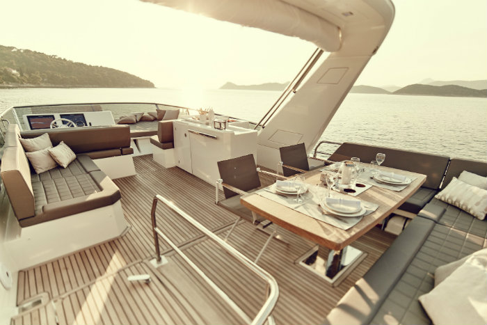 Presitge 680 Luxury Yacht Superyacht Have a Look Inside Prestige 680 Superyacht Presitge 680 Luxury Yacht