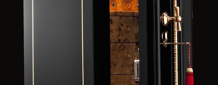 dottlings-legend-19th-century-restored-luxury-safe luxury safe DÖTTLING'S LEGEND – 19TH CENTURY RESTORED LUXURY SAFE D  TTLING   S LEGEND     19TH CENTURY RESTORED LUXURY SAFE