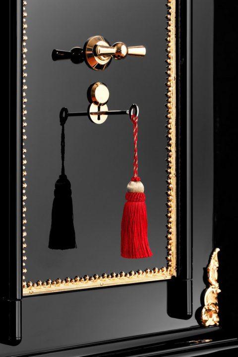 dottlings-legend-19th-century-restored-luxury-safe1 luxury safe DÖTTLING'S LEGEND – 19TH CENTURY RESTORED LUXURY SAFE D  TTLING   S LEGEND     19TH CENTURY RESTORED LUXURY SAFE1 480x720