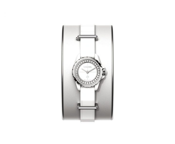 chanel-j12-xs-watch-little-wonder4 Watch Chanel J12 XS Watch: Little Wonder Chanel J12 XS Watch Little Wonder4 720x593
