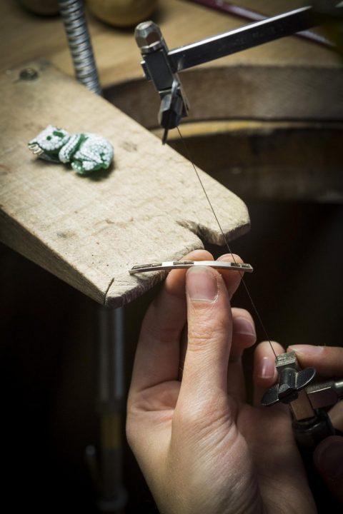 arche-de-noe-cote-coulisses-de-la-fabrication-par-van-cleef-amp-arpels-photo-30 jewelry L'Arche De Noé Racontée Par Van Cleef & Arpels jewelry colletion arche de noe cote coulisses de la fabrication par van cleef amp arpels photo 30 480x720