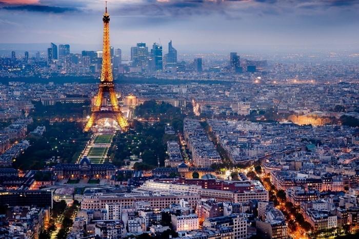 paris-1050x700 luxury experience Travel to Paris – the most luxury experience in the city of lights paris
