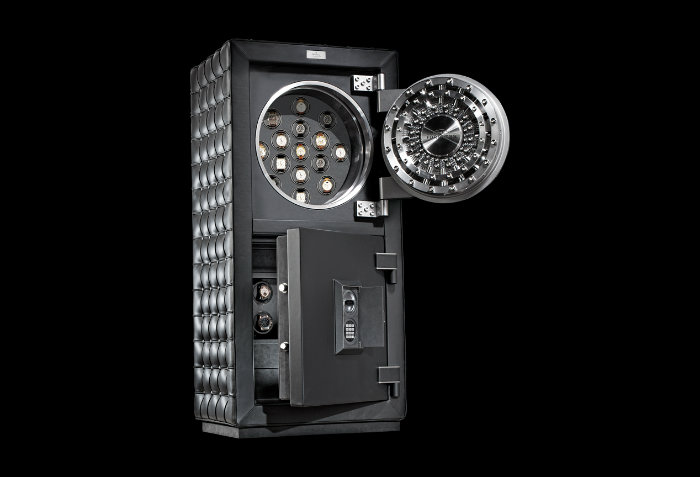 Fortress Maximus – The Best of Luxury Safes by Dottling dottling Fortress Maximus – The Best of Luxury Safes by Dottling doettling produkt bildergalerie Fortress Maximus 1
