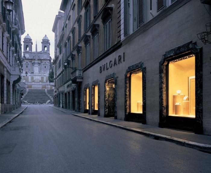 Bvlgari Discover the new Bvlgari Goldea Roman Bulgari Boutique Via Condotti Les Journ  es Particuli  res