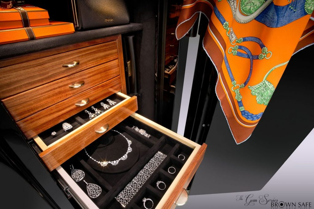 Brown Safes: The Perfect Blend Brown Safes Brown Safes: The Perfect Blend Gem custom jewelry safe suede hardwood interior e1481818023567