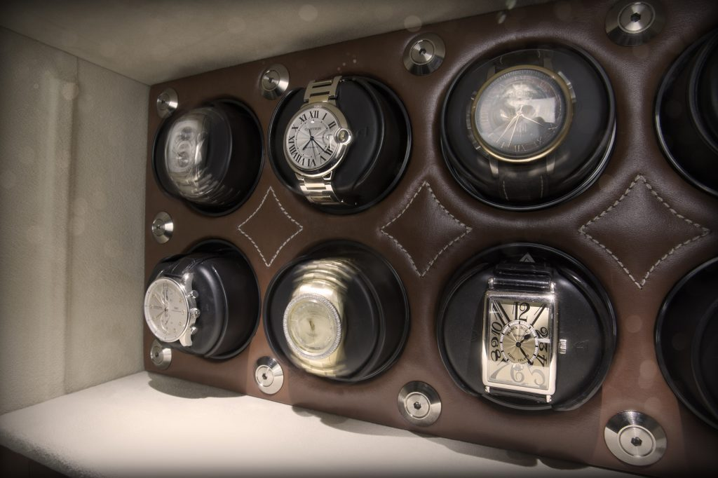 Brown Safes: The Perfect Blend Brown Safes Brown Safes: The Perfect Blend Man Safe 4018 Signature Package leather luxury watch winder franck muller Cartier IWC