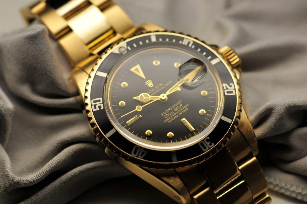 8 () 09  в продаже - часы наручные, цены ниже!