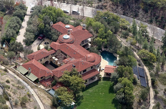 Sneak Peek: Celebrity Luxury Homes luxury homes Sneak Peek: Celebrity Luxury Homes 3 5