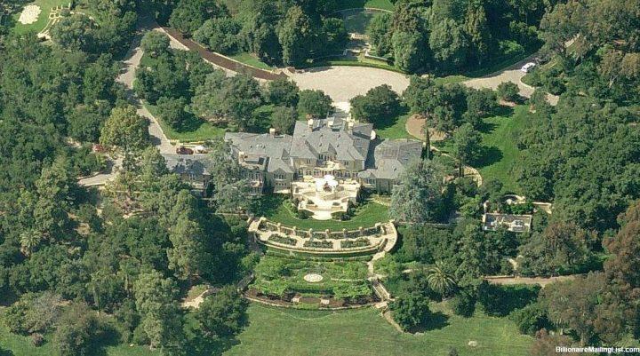 Sneak Peek: Celebrity Luxury Homes luxury homes Sneak Peek: Celebrity Luxury Homes 8 4