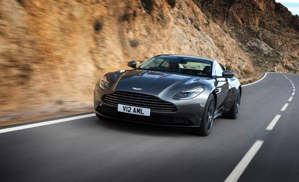Aston Martin Unveils the New Aston Martin DB 11 V8 aston martin db 11 Aston Martin Unveils the New Aston Martin DB 11 V8 2017 Aston Martin DB11 101 1024x626