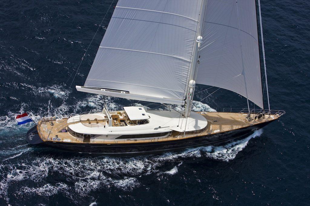 yacht Top 10 Luxury Yacht Builders Top 10 Luxury Yacht Builders 9
