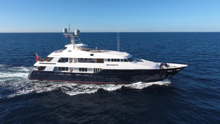 The Best Luxury Yachts of Antigua Charter Yacht Show luxury yachts The Best Luxury Yachts of Antigua Charter Yacht Show Feadship Broadwater