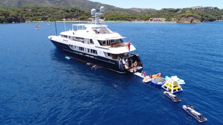 The Best Luxury Yachts of Antigua Charter Yacht Show luxury yachts The Best Luxury Yachts of Antigua Charter Yacht Show Feadship Broadwater1