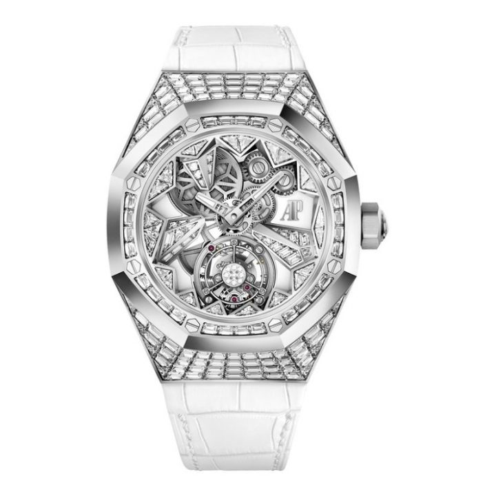 luxury watches Women's Luxury Watches That Are More Than Just a Pretty Face 9 Women   s Luxury Watches That Are More Than Just a Pretty Face 720x720