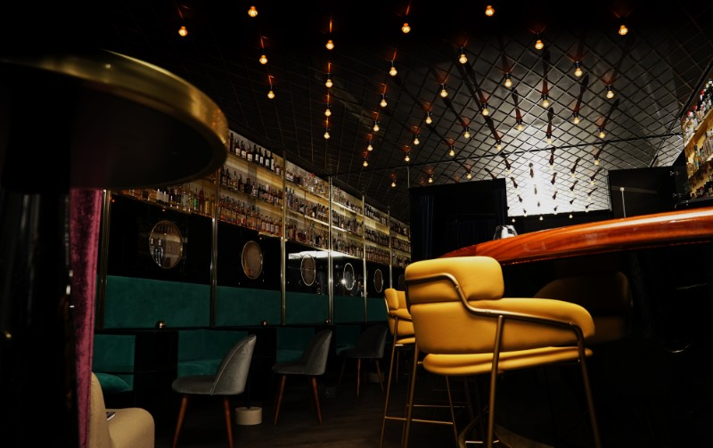 Fifth avenue apartment by piet boon for Best clubs in milan