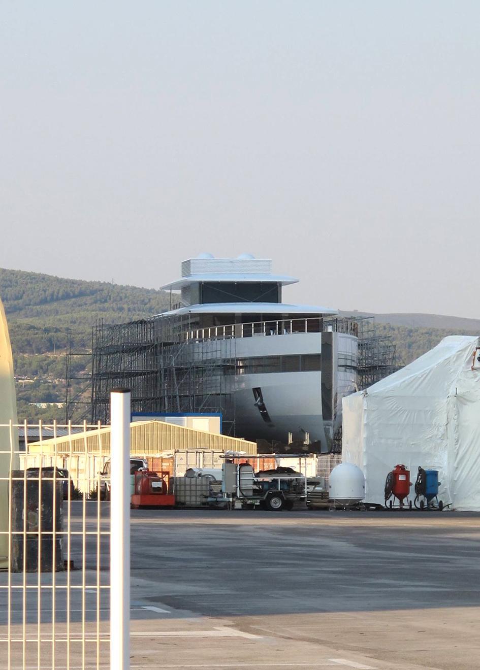 steve jobs Inside Steve Jobs' Luxury Yacht bCN9aKulRB2g4qgAban0 portrait venus yacht refit