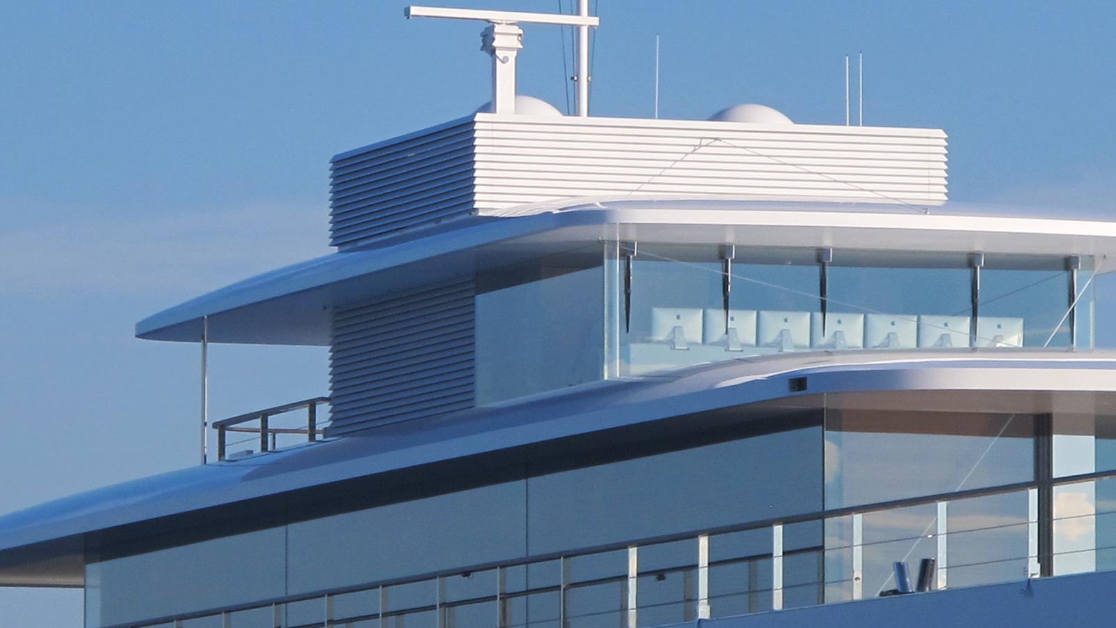 steve jobs Inside Steve Jobs' Luxury Yacht onsmBsLR76RbY6fb0bLi venus yacht bridge mac computers