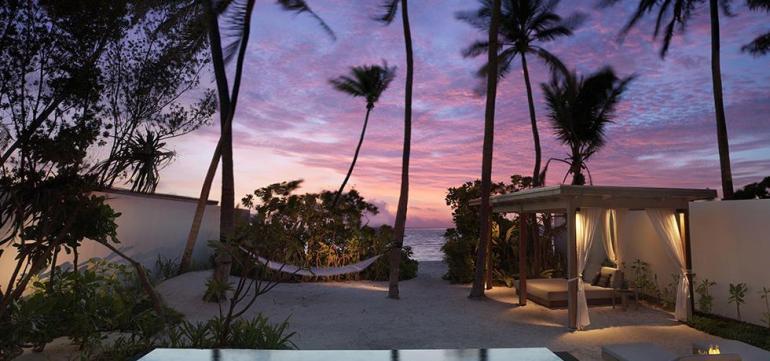 Fairmont Fairmont hotel: The First Resort in Maldives Fairmont 2