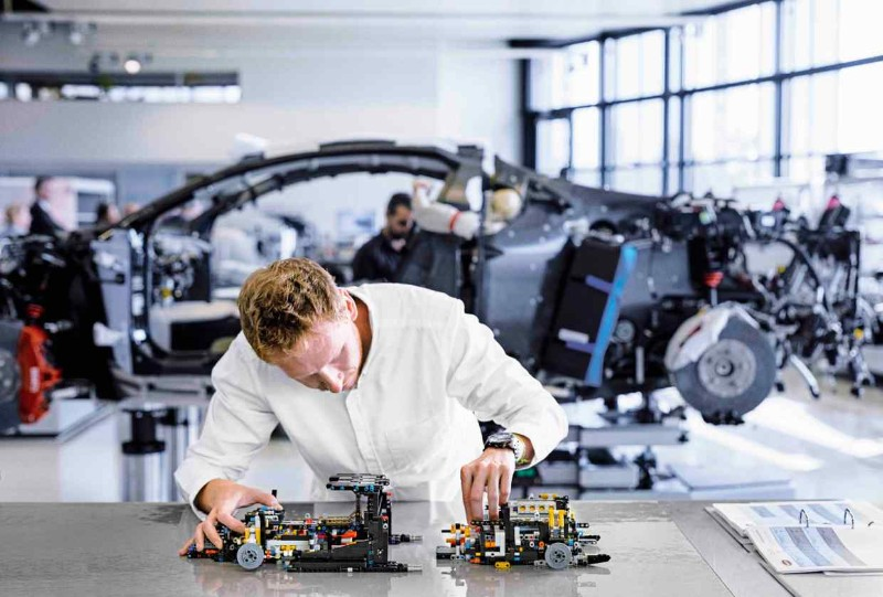 lego bugatti chiron Build your own Lego Bugatti Chiron Build your own Lego Bugatti Chiron 7