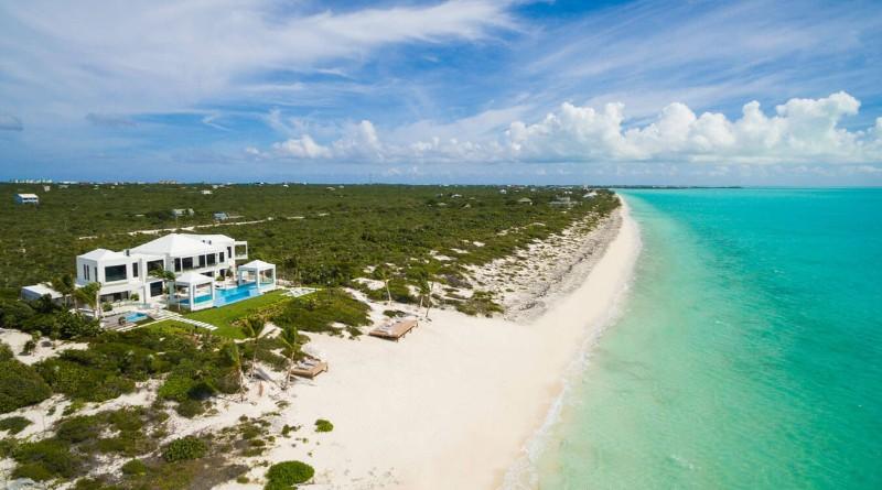 luxury villa Discover Triton Luxury Villa: A Caribbean-Chic Paradise Discover Triton Luxury Villa A Caribbean Chic Paradise 2