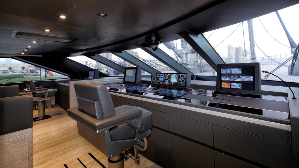 5 Stunning Superyachts Wheelhouses superyachts 5 Stunning Superyachts Wheelhouses Perini Navi Sybaris 1024x576