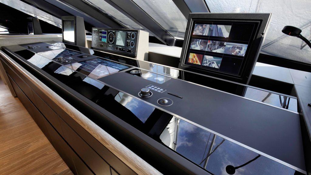 5 Stunning Superyachts Wheelhouses superyachts 5 Stunning Superyachts Wheelhouses Perini Navi Sybaris1 1024x576