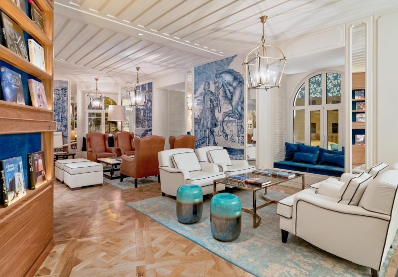 Portuguese Tiles portuguese tiles Portuguese Tiles: a Luxury Trend You Need to Know Portuguese Tiles a Luxury Trend You Need to Know 13