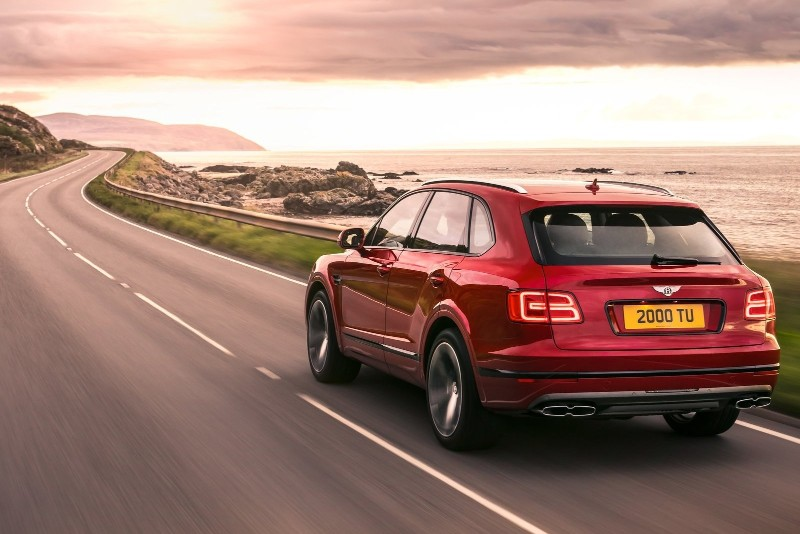 Bentley Bentayga V8 – The Modern Car of December modern car Bentley Bentayga V8 – The Modern Car of December Bentley Bentayga V8     The Modern Car of December 1