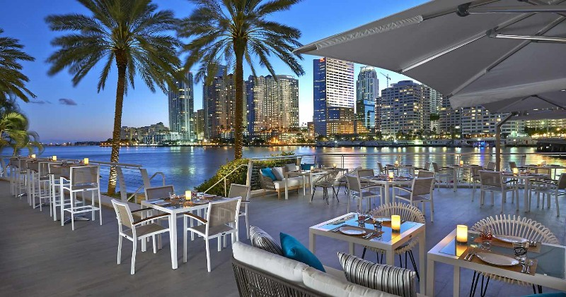 Luxury Experiences - Discover The 5 Best Hotels in Miami best hotels in miami Luxury Experiences - Discover The 5 Best Hotels in Miami Luxury Experiences Discover The 10 Best Hotels in Miami 7