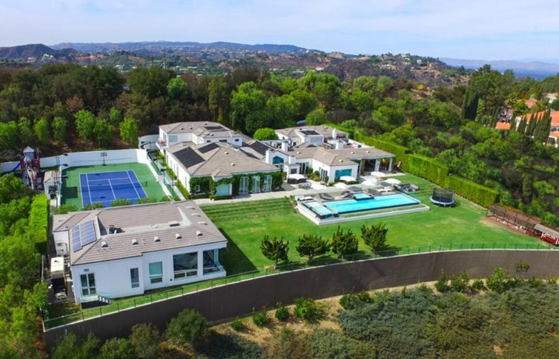 Real Estate - Get Inspired by These Amazing Celebrities' Homes celebrities' homes Real Estate – Get Inspired by These Amazing Celebrities' Homes Real Estate Get Inspired by These Amazing Celebrities Homes 2
