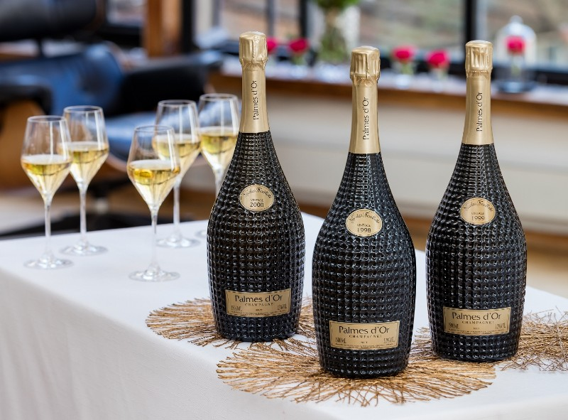 The Best Champagnes for Holidays Celebrations best champagnes The Best Champagnes for Holidays Celebrations The Best Champagnes for Holidays Celebrations 2