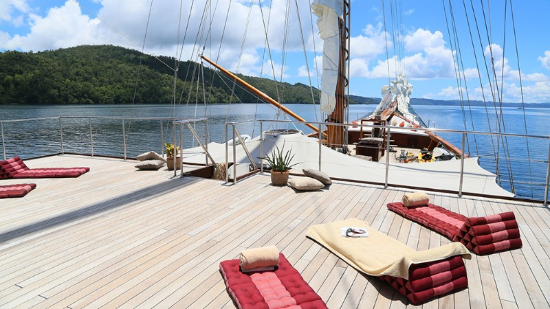 The Top 5 Luxury Yachts to Travel in the Southeast Asia luxury yachts The Top 5 Luxury Yachts to Travel in the Southeast Asia The Top 5 Luxury Yachts to Travel in the Southeast Asia 4