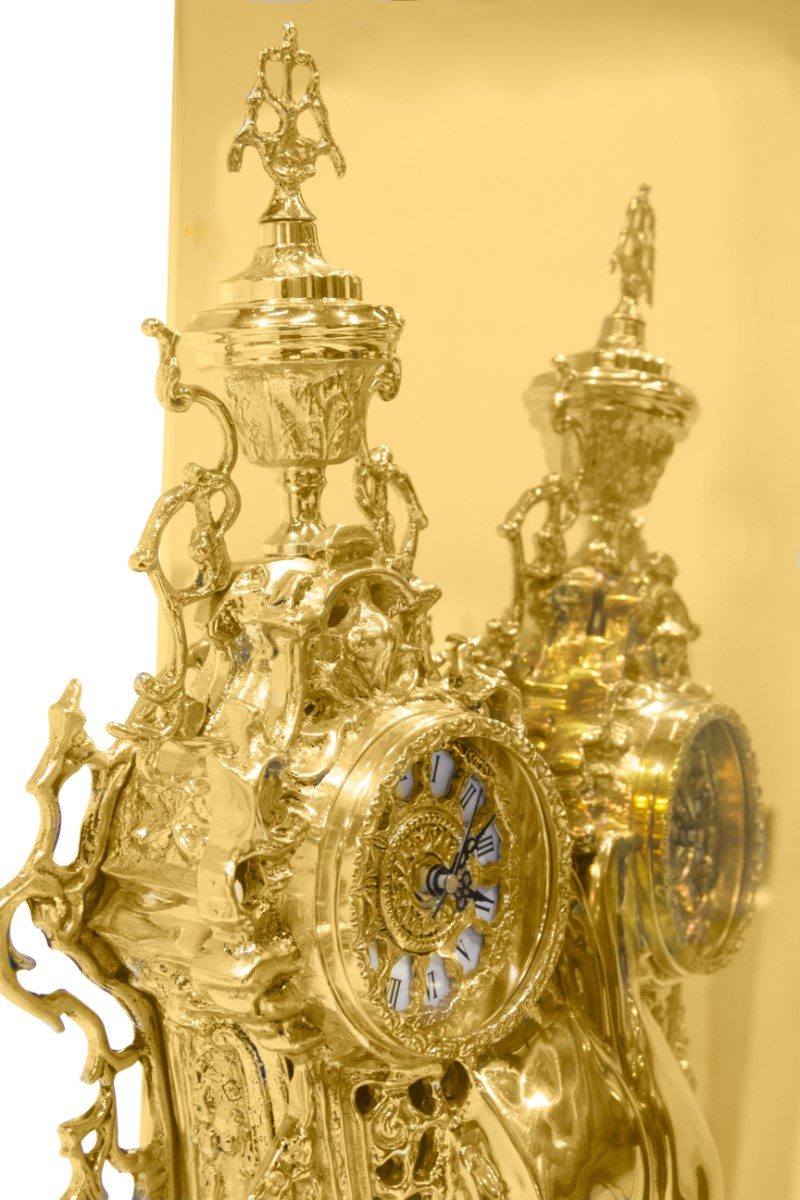 maison et objet Private Collection Pieces by Boca do Lobo at Maison et Objet 2019 Dali Watch Winder by Boca do Lobo 2
